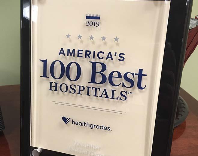 healthgrades-2019-plaque-feat